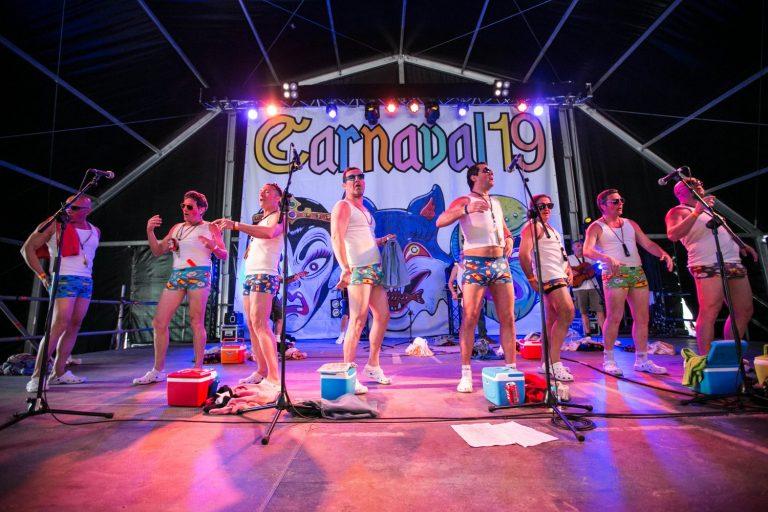 Carnaval 2019: fotos del manteo del 'pelele', las murgas y las chirigotas