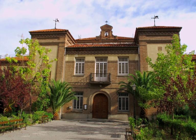 Parroquia de Santa Matilde, un edificio del siglo XIX