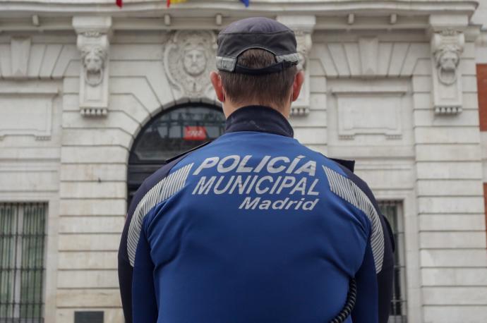 La Policía desaloja una fiesta ilegal en Chamartín con 216 implicados